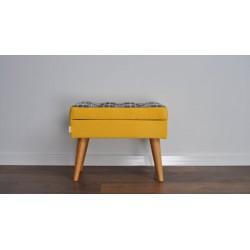 Podnóżek żółty w kratkę  z guzikami, pufa  żółta Rossi Furniture