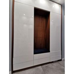 Siedziska do garderoby, przedpokoju  na wymiar made by Rossi Furniture